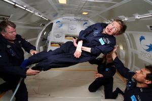 Stephen Hawking ingrávido / Zero G
